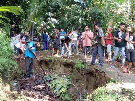 Gotongroyong Masyarakat Dusun Geripak