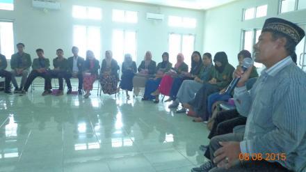 Presentasi Pemerintah Desa Gelangsar Di Universitas Al-Azhar Mataram