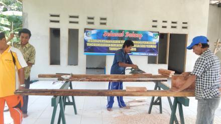 Pelatihan Karang Taruna di Bidang Permebelan dari Alokasi Dana Desa (ADD) Termin II