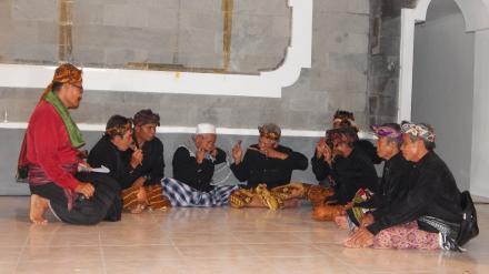 Kesenian Genggong Desa Gelangsar Pada Pagelaran Seni dan Budaya Kabupaten Lombok Barat