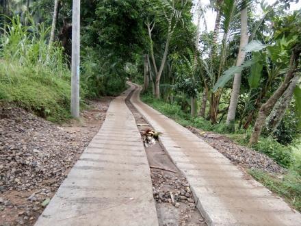 Peningkatan Jalan Rabat Beton Dusun Geripak dari Program Dana Desa (DD) Termin II Tahun 2016