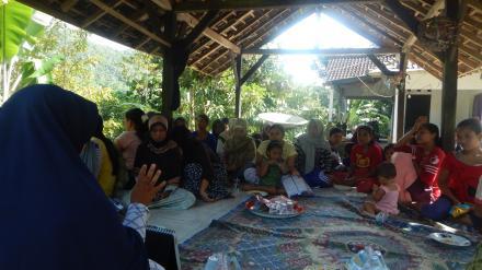 Sosialisasi Tentang Kesehatan Reproduksi bagi wanita