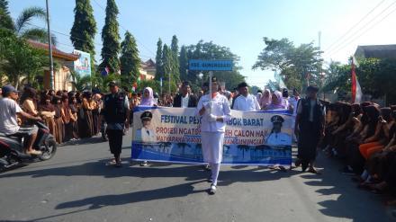 Desa Gelangsar Pada Festival Pesona Lombok Barat Tahun 2017