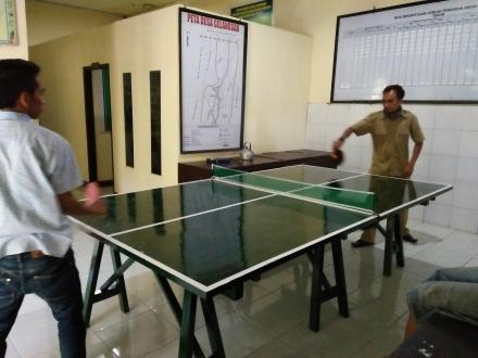 Pengadaan Meja Bola Pingpong dari Alokasi Dana Desa Tahap I (Pertama)