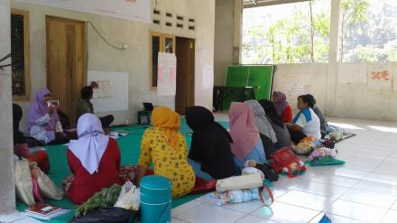 Pelatihan PMBA Kader Desa Se Kecamatan Gunungsari di Desa Gelangsar