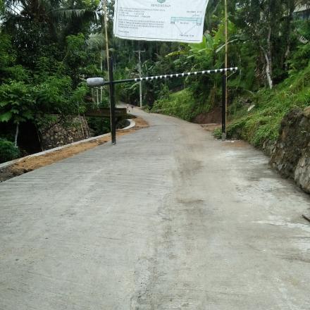 Pembangunan Jalan Beton Ruas Dusun Apit Aiq Menuju Dusun Geripak