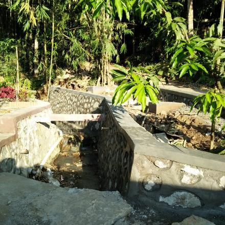 Pembangunan Talud Badan Jalan Dusun Gelangsar Timur dari Dana Desa Tahap I Tahun 2018