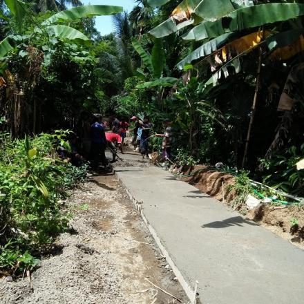 Peningkatan Jalan Beton Dusun Lilir Utara dari Program Dana Desa (DD) Termin I Tahun 2018