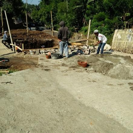 Pembangunan Jembatan Lintas Dusun di Desa Gelangsar Tahun 2018