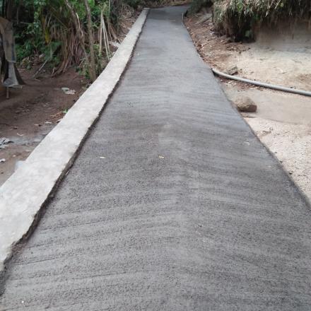 Pembangunan Jalan Beton Dusun Gelangsar RT 01 Tahun 2018