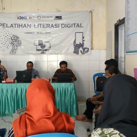 Pelatihan Literasi Digital Oleh IDEA Jogjakarta Bekerjasama dengan JMS Lombok di Desa Gelangsar