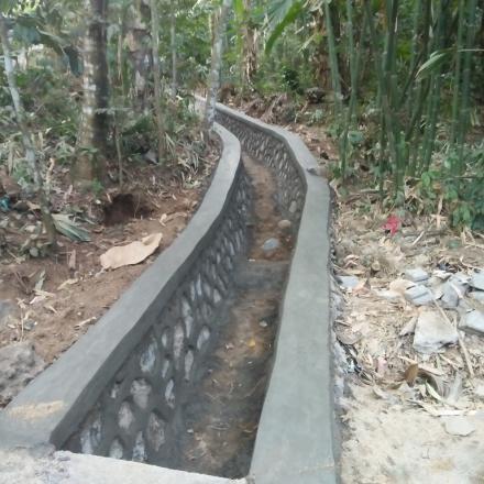 Pembangunan Drainase Dusun Apit Aiq Tahun 2019